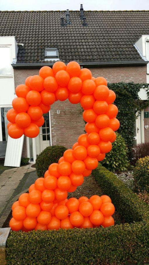 ballonnen cijfer 2 op frame